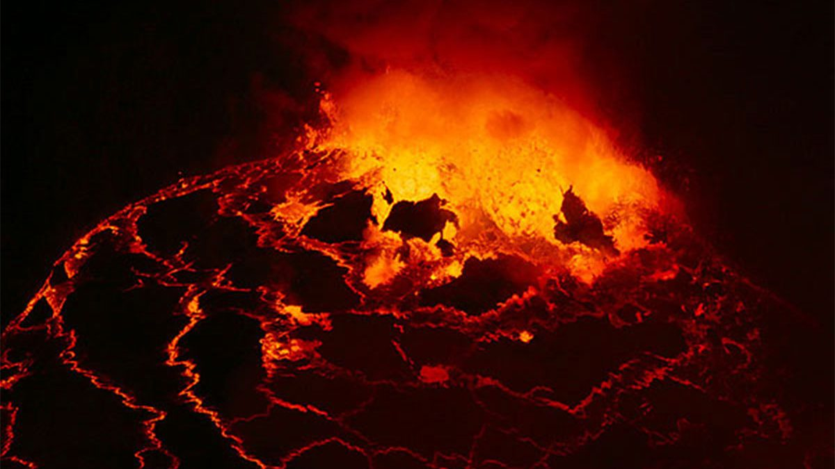 2002 nyiragongo volcano eruption