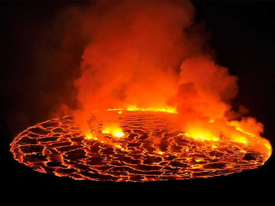 Booking mount nyiragongo hike