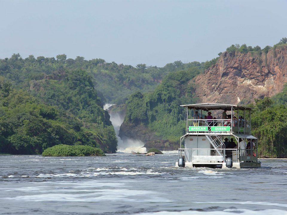 Leisure launch trips in Murchison falls