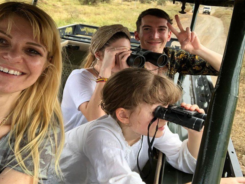 set departure Uganda safaris