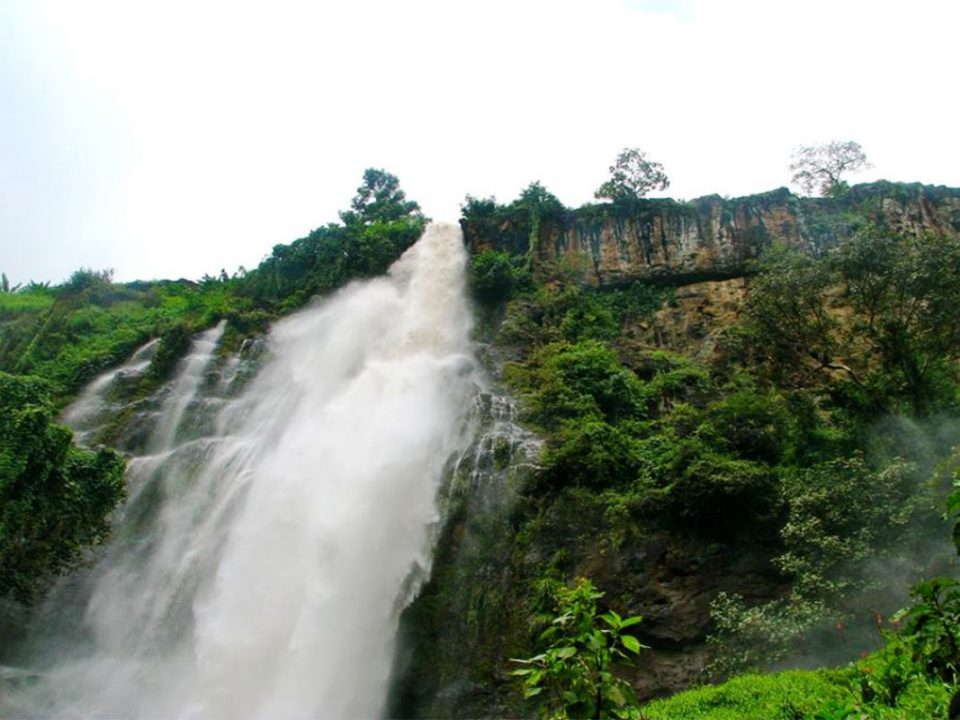 Visit sisiyi falls