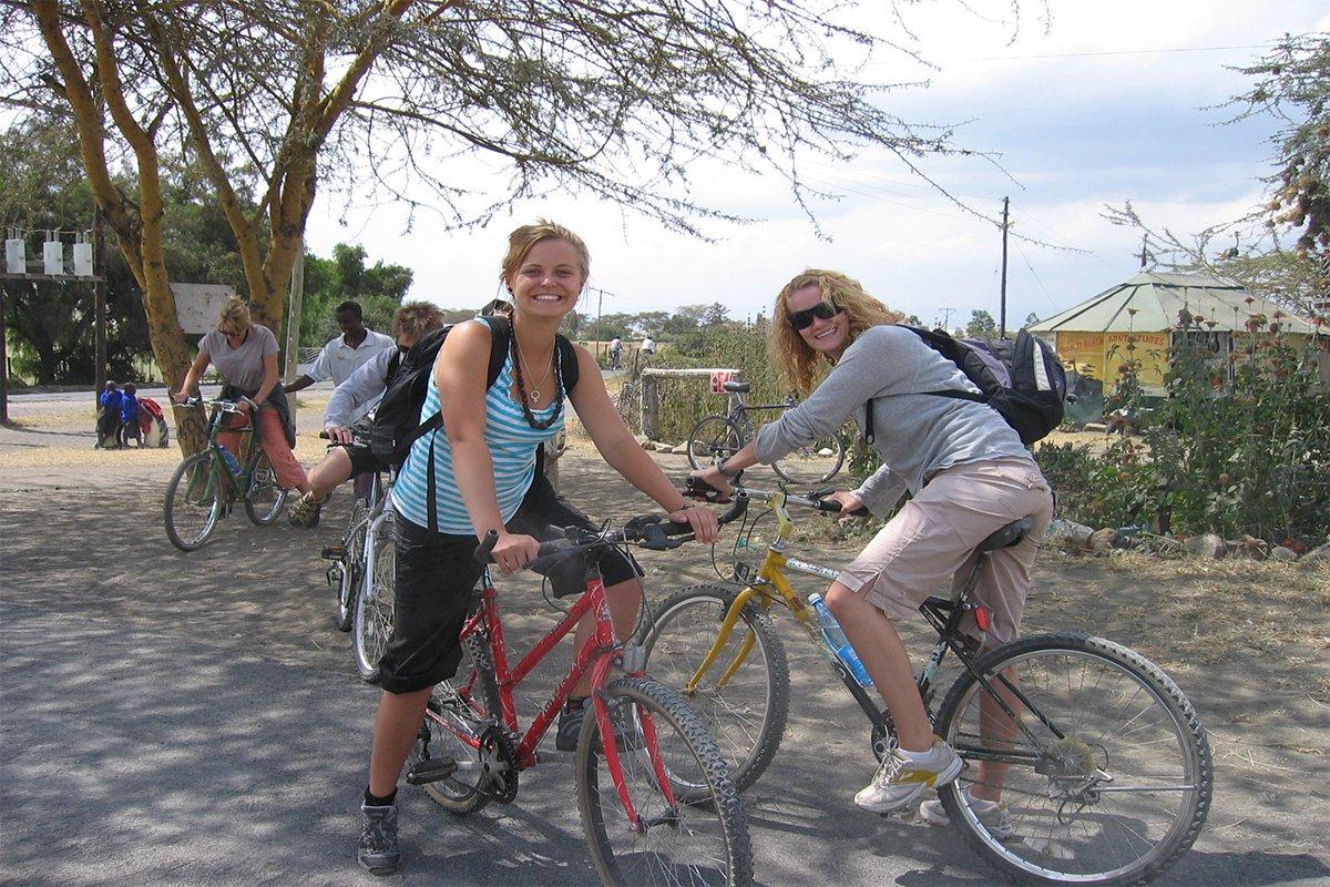 10 Days Rwanda & Uganda Gorilla cycling safari